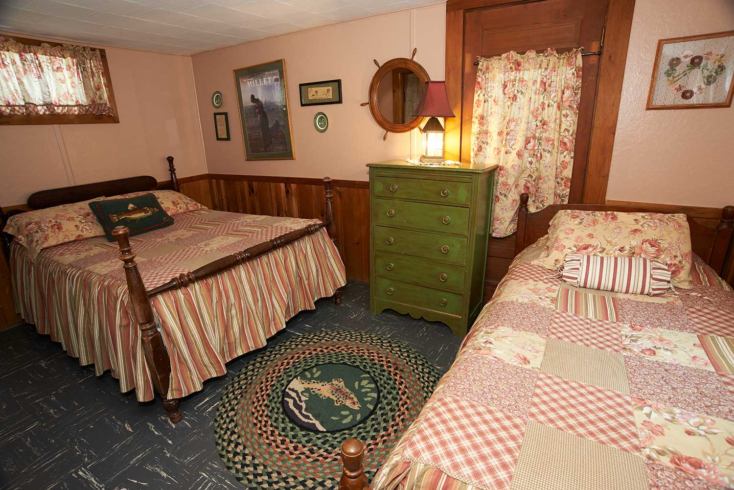 the lodge bedroom 1